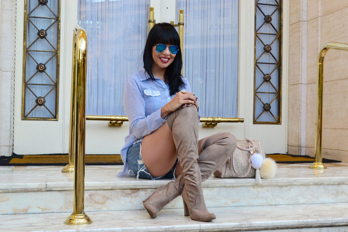 Alexandra-Evangelista-bota-over-the-knee-Via- Marte-look5