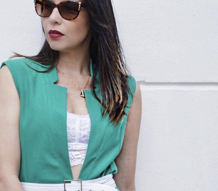 Batalha de Blogueiras Meia de Seda com top rendado branco sem bojo, por Alexandra Evangelista