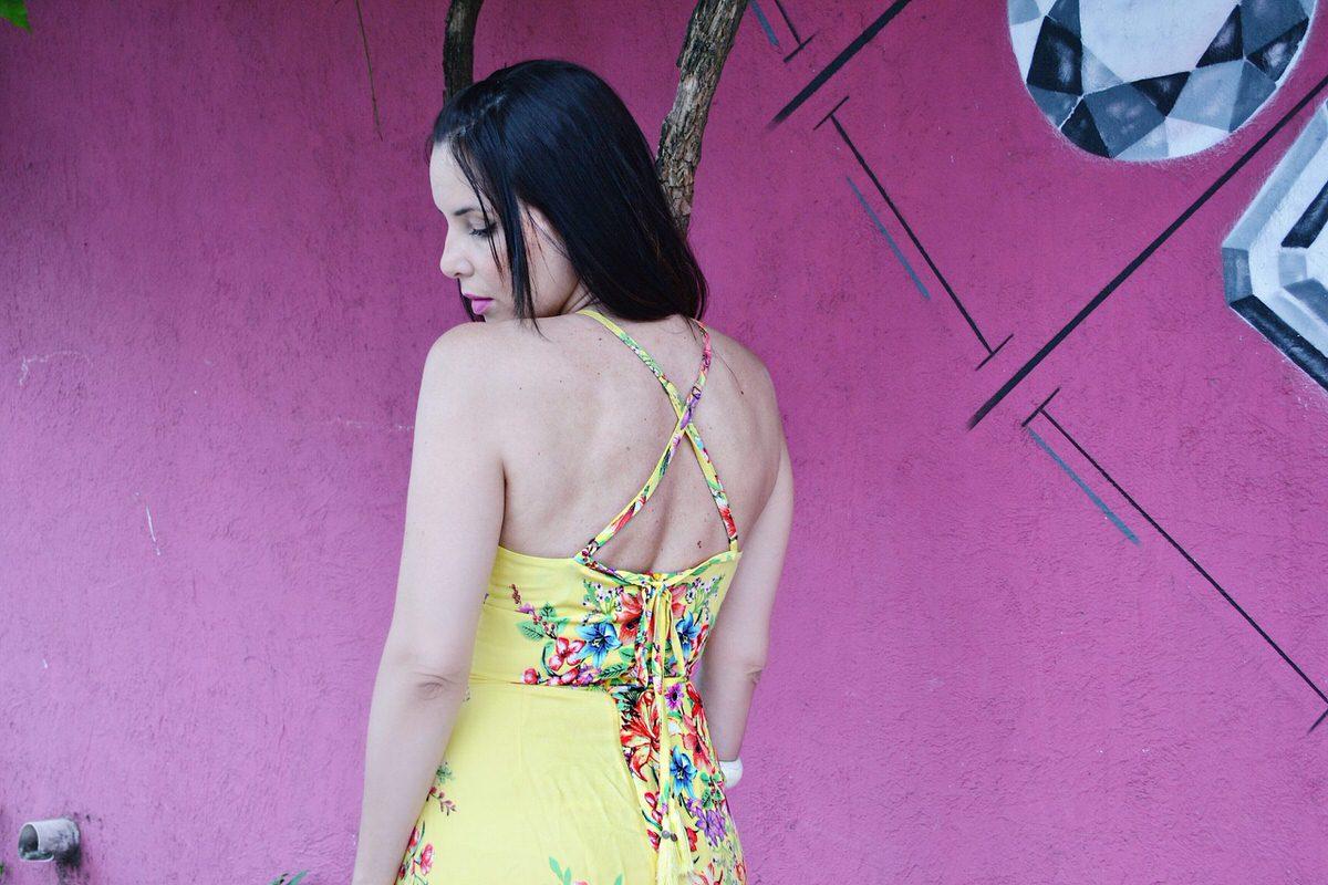 Detalhes das costas vestido midi C&A, Dress To para C&A