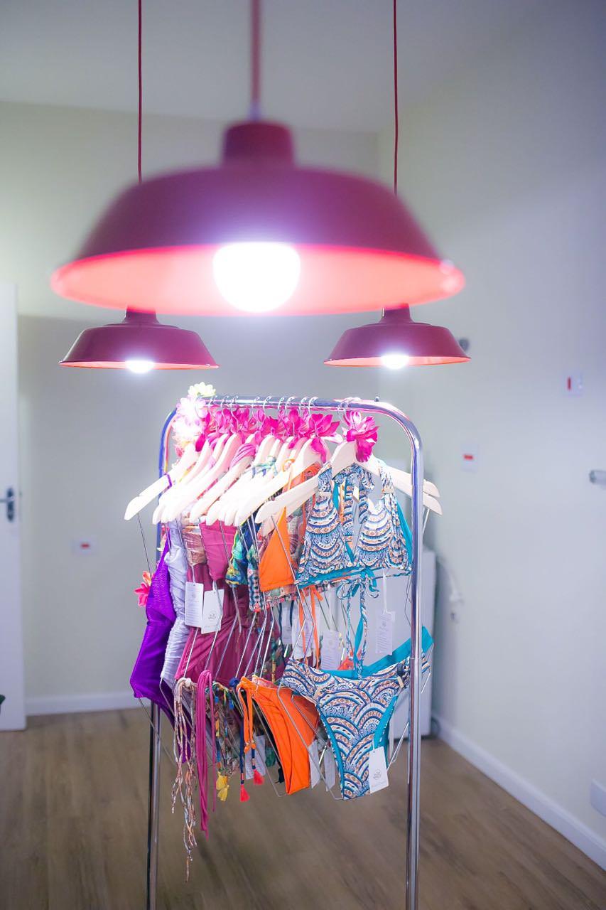 Colecao Moda Praia Alexandra Evangelista bikini, tendência Verão 2017